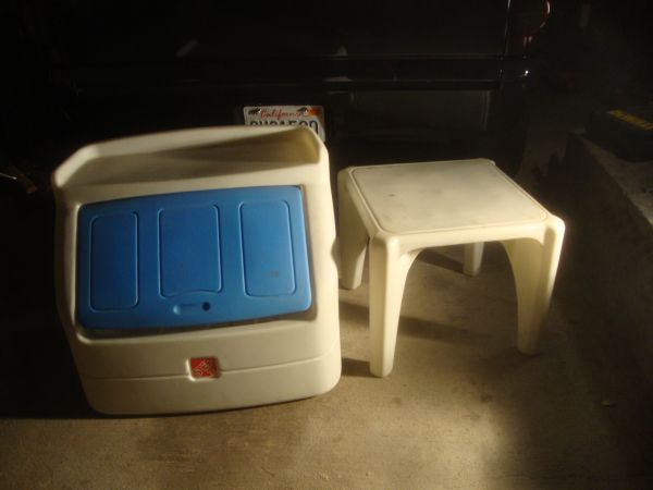 Step 2 Kids Toy Chest and table - $35 (modesto)