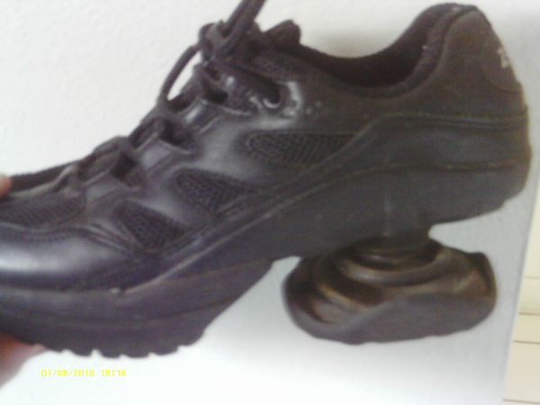 Z-COIL shoes for people with foot problems (new these sell for 200) - $45 (modesto (tully x princeton))
