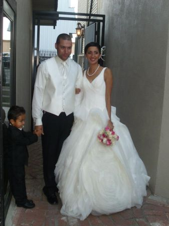 VERA WANG Wedding Gown Dress Seen on TV Worn Once Make Offer - $549 (Modesto)