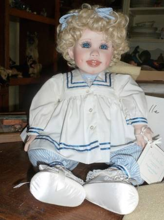 Collectible Porcelain Doll Michelle by Virginia Ehrlich Turner - $30 (modesto)