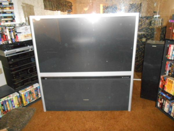 Toshiba 57H83 57-Inch HDTV-Ready TheaterWide Projection TV - $550 (East Modesto)