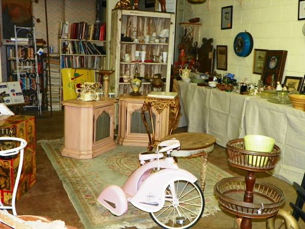 JANS ANTIQUES SALE FRI 315 SAT 316 (HUGHSON)