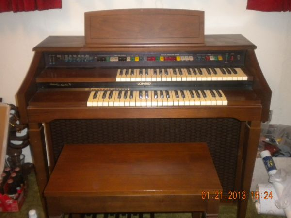 Lowrey Magic Genie Organ - $350 (Modesto, CA)