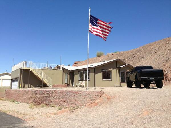 - $215 3br - 1300ftsup2 - CHEAPEST RIVER FRONT RENTAL BRAND NEW HOME ON THE PARKER STRIP (Parker, Az )
