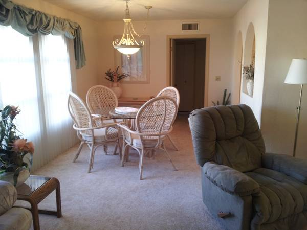 2br - 1300ftsup2 - 125.00 NIGHT FRI- SUN AVAILABLE LABOR DAY WEEKEND (Lake Havasu City)