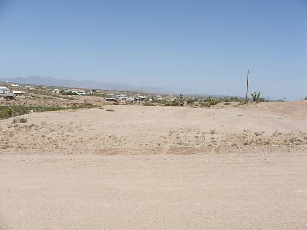 $39900 Lake Mead 3 lots for sale in downtown Meadview TRADE OWC (Lake Havasu City)