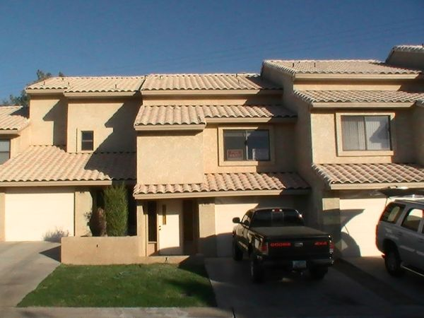 - $110500 3br - 1400ftsup2 - 3 BDRM,2BATH, 3 CAR 40 BOATGARAGE (PARKER STRIP, AZ)