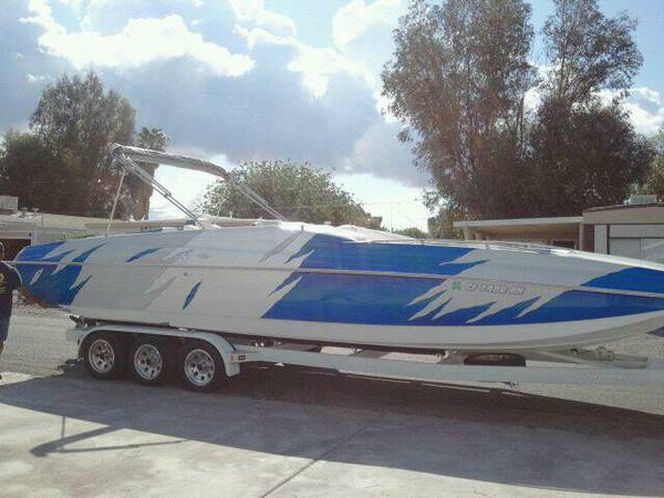 2007 magic deck boat - $65000 (Willow Valley)