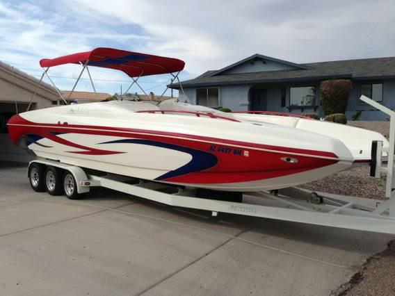 2005 MAGIC DECK BOAT 28 - $62000 (LHC)