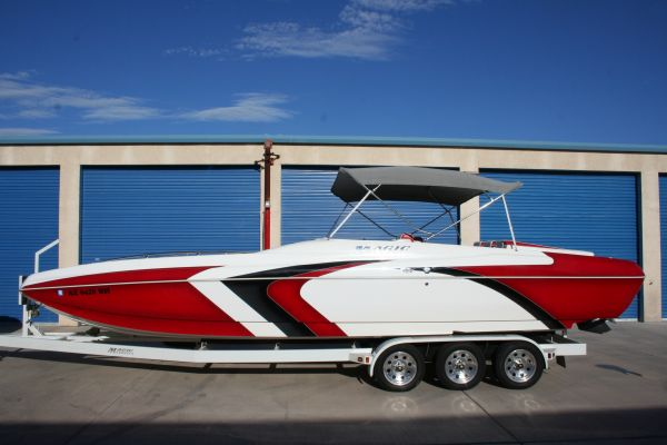 2005 28 Magic deck boat - $62000 (lhc)