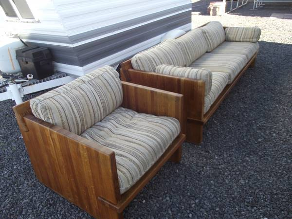 The Ultimate SOLID Oak Sofa and Chair - $100 (Bullhead City Kingman)