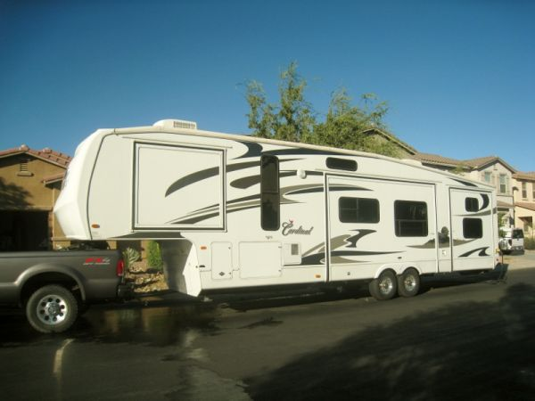 2008 Forest River Cardinal - Luxury 40 5th Wheel - 3 BR1 12 BATH