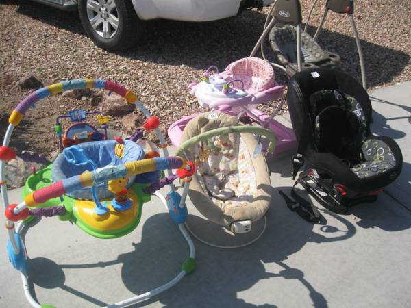 Baby swing, car seat, bouncer and walker - $1 (Fort Mohave)