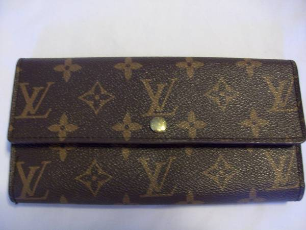 Louis Vuitton wallet, Address Book cell phone holder - $55 (Bullhead city)