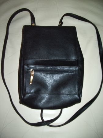 NEW Black Backpack PURSE NIB Unisex Organizer IPadTablet Cover - $7 (Laughlin, NV)