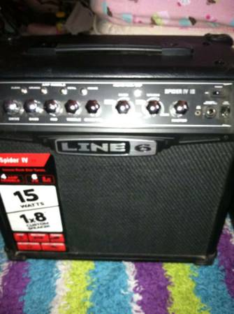 Line 6 Spider IV 15 15W 1x8 Guitar Combo Amp Black - $75 (BHC)