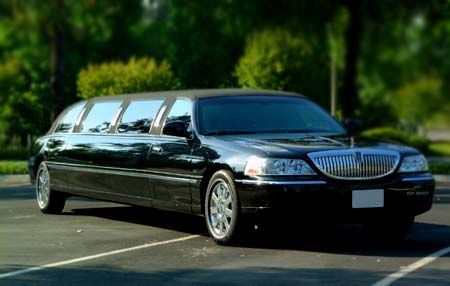 SocalVIPLImo- Affordable Limousine service $40-$60 Stretch Limo cheap (All OC LA, Newport Beach,HB,Irvine,CM,LB. 949-371-5972)
