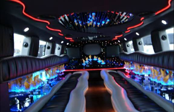 Limousine gt Party Bus gt Stretch Limo gt Hummer Limos gt SUV gt Town (Orange County)