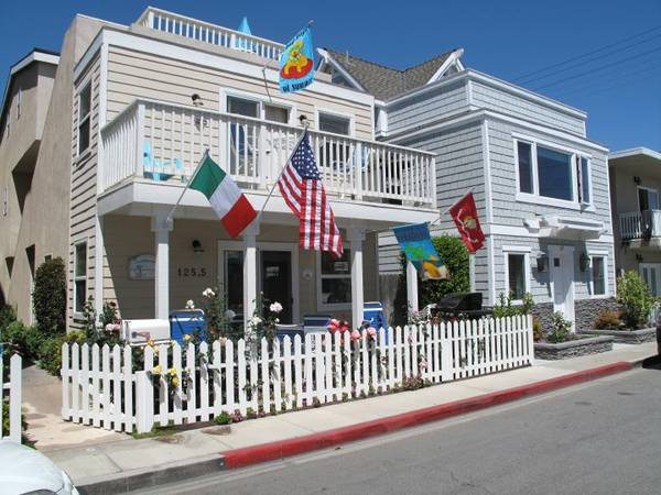 - $998 1600ftsup2 - Balboa at the Beach (125 33rd Street, Newport)