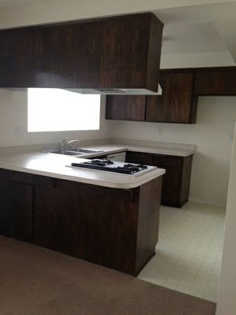 $850 Room for rent in Costa Mesa,own bathroom,included all utilities