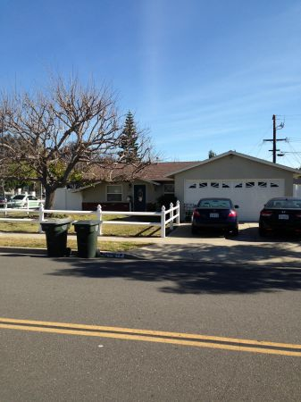 $770 120ftsup2 - Available now 10x12 room for rent (Costa Mesa)