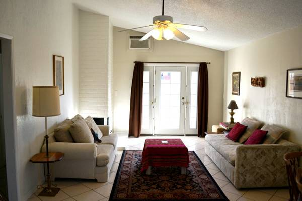$1900 2br - 870ftsup2 - Summer sublet available May 20th to August 20th (Orange, CA)