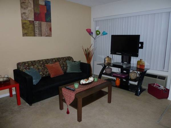 $1850 2br - 800ftsup2 - FULLY FURNISHED UTIL wPool VERY CLEAN (Buena Park (near Seal BeachGarden Grove)