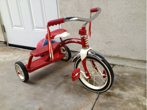 Radio Flyer trike tricycle vintage style all metal. New condition - $45 (Huntington Beach)