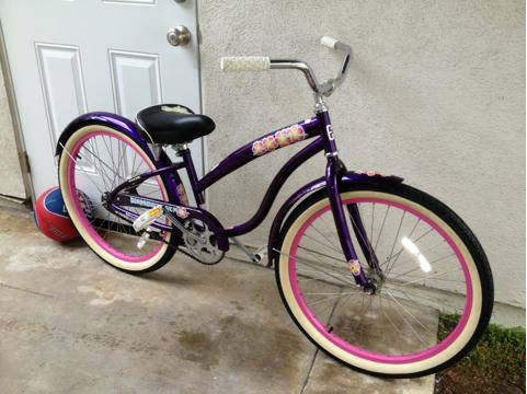 Diamondback Della Cruz 24 inch girls beach cruiser - $125 (Huntington Beach)