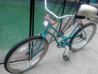 9608 Huffy Beach Cruiser bike-CAN DELIVER - $89 (Anaheim Hills)
