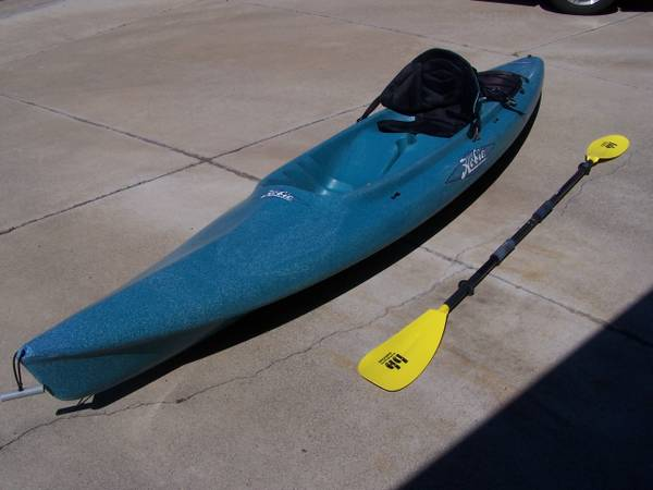 HOBIE PURSUIT SIT ON TOP KAYAK WSEAT PADDLE IN EXCELLENT CONDITION - $350 (SAN JUAN CAPISTRANO)