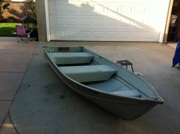 12 Sea King Fishing Boat - $1 (Fullerton, Ca)