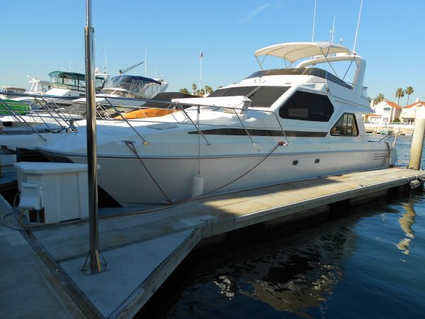 2001 44FT Luxury Power Catamaran Condo on the Water TwinTurbo Diesels - $149900 (Huntington Beach)