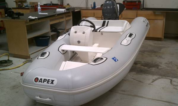 11 Inflatable Apex Deluxe Rib w 20hp Yamaha Four Stroke - $6999 (Los Angeles Area)
