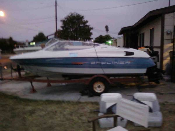 92 bayliner capri 17 12 open bow - $450 (costa mesa)