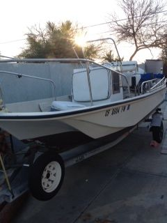 1975 Boston Whaler 17 foot - $5000 (Orange)