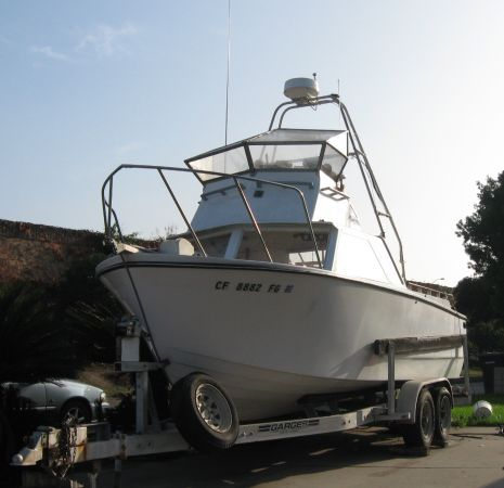 25 FISHING BOAT_ Long Range Tuna Fishing - Turbo Diesel - $7900 (Orange)