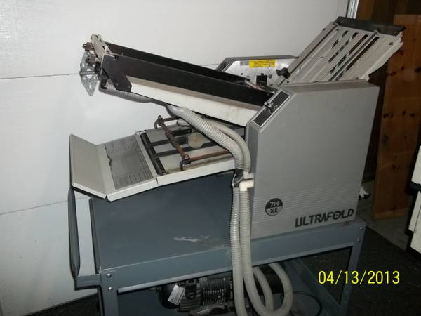 BAUM ULTRAFOLD 714XE AIR FEED PAPER FOLDER ON A WHEELED CART - $1999 (FOUNTAIN VALLEY)