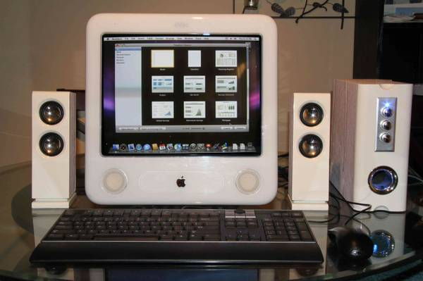 Apple Emac 1.0 Ghz w software hardware upgrades COMPLETE SYSTEM - $70 (Tustin)