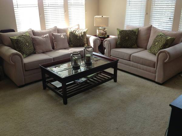Living Room Set Sofa Loveseat Couch Coffee End Table L - $1000 (Irvine)