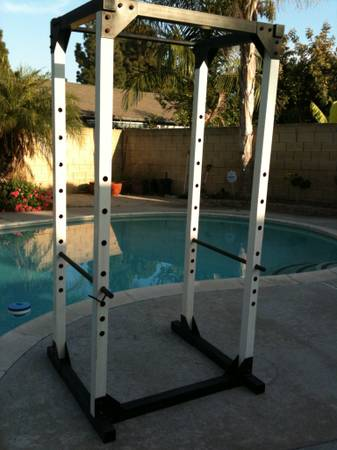 Power rack, dumbbell set with rack, olympic weight set - $550 (Cerritos)