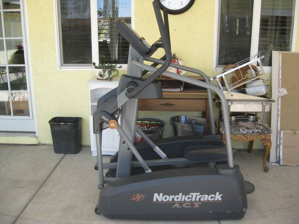 NordicTrack A.C.T Commercial Elliptical - $750 (Moreno Valley)