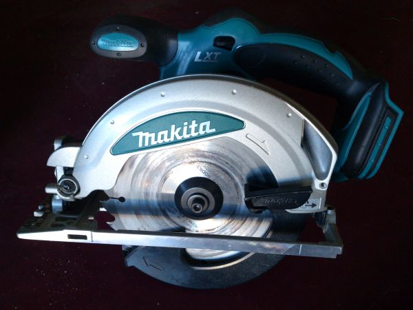 Makita Cordless Circular Saw new refurbished - $75 (Brea)