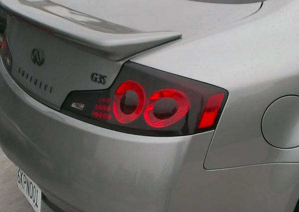 g35 coupe tail lights 06-07 (LA)