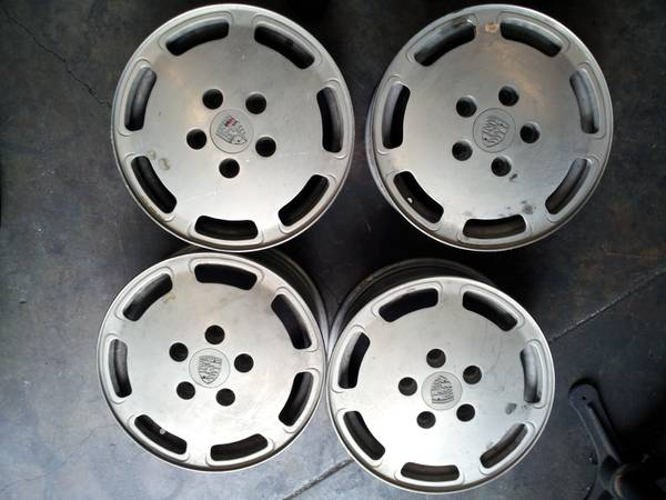 Set of 4 flatdish Porsche alloys - $1 (Laguna Niguel)