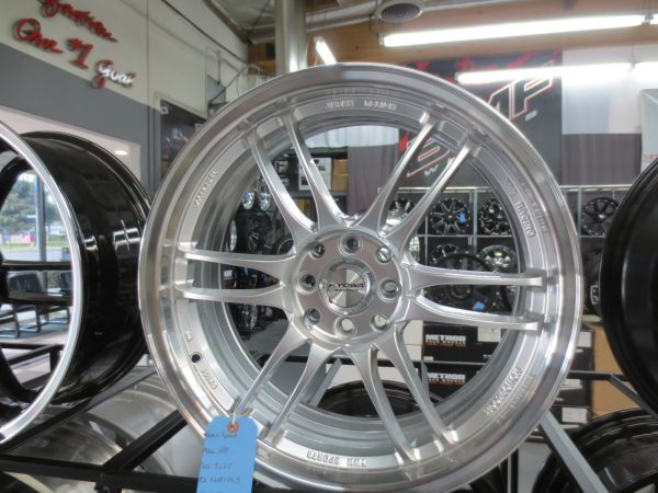 Hyper Silver 18 Racing Wheels - $400 (Anaheim )