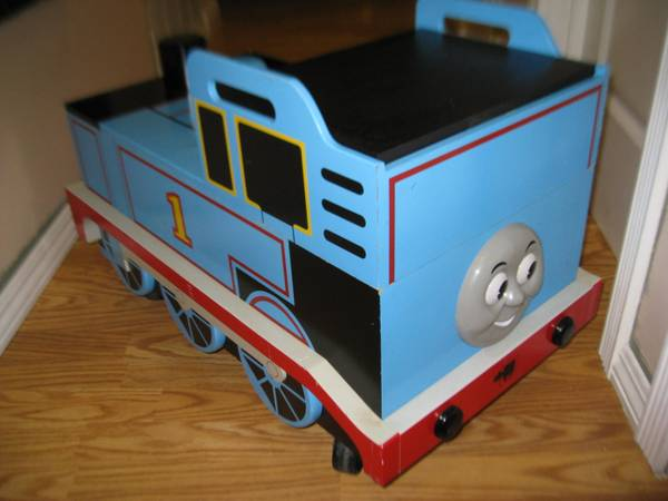 thomas toy box,  thomas the tank engine train wooden toy chest wwheel - $75 (city of orange)