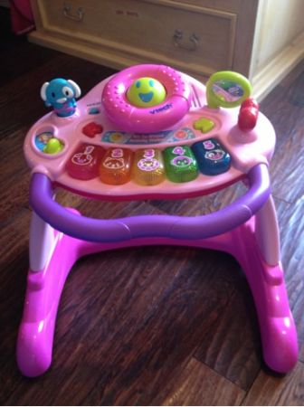 Vtech Sit to stand Activity Walker like new and PINK - $25 (Lake forest)