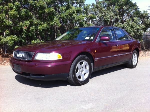 LOW MILE AUDI 1997 Audi A8 Quattro,105k,Drives Like a DREAM - $4995 (Long Beach)
