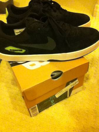 CLOSET SALE NIKE SB, DIAMOND SUPPLY, ORISUE, THE HUNDREDS, MORE - $1 (IRVINE)